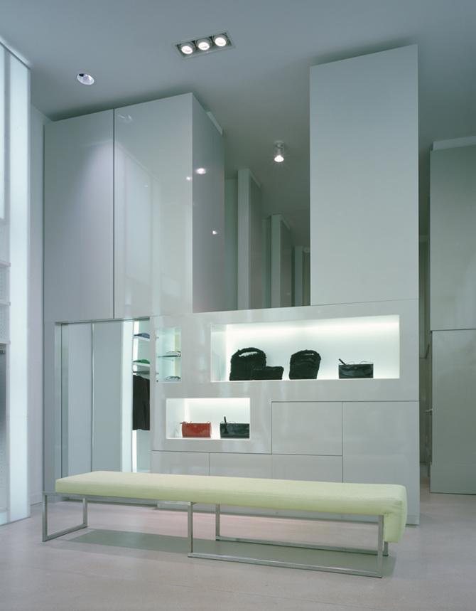 Max studio retail concept israel kandarian for Interior design praktikum